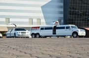Мега хаммер лимузин Хмельницкий,  свадебный кортеж в Хмельницком.